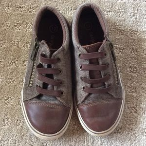 Cat & Jack Boys Brown Tweed Shoes - Size 12